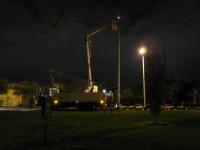 Reparación de luminarias de la cancha de baloncesto parque 11-143